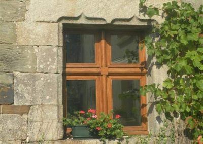 Création-rénovation-ouverture-fenetre-menuiserie-traditionnelle-du-poher-gourin-2-400x284