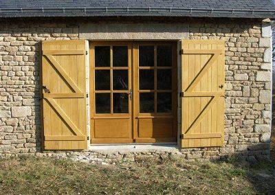 Création-rénovation-porte-et-portail-menuiserie-traditionnelle-du-poher-gourin-19-400x284