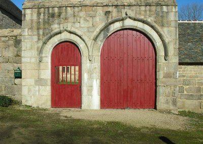 Création-rénovation-porte-et-portail-menuiserie-traditionnelle-du-poher-gourin-20-400x284