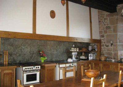 Rénovation-création-cuisine-sur-mesure-Menuiserie-traditionnelle-du-Poher-Gourin-4-400x284