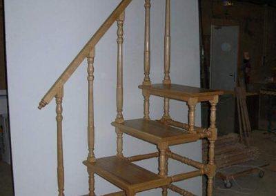 Rénovation-création-escalier-sur-mesure-menuiserie-traditionnelle-du-poher-à-Gourin-12-400x284