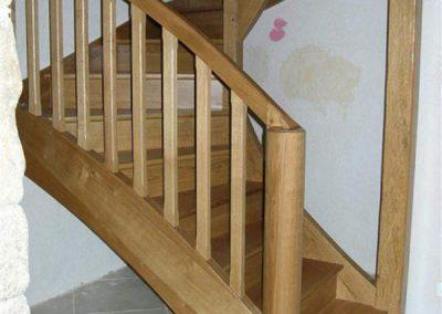 Rénovation-création-escalier-sur-mesure-menuiserie-traditionnelle-du-poher-à-Gourin-5-400x284